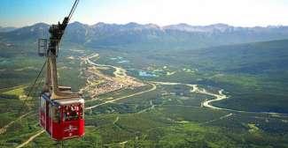 Uitzicht bij mooi weer op de Jasper Skytram
