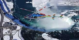 Helicoptervlucht Niagara Falls in de winter