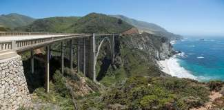 De beroemde brug bij Big Sur in Californië.