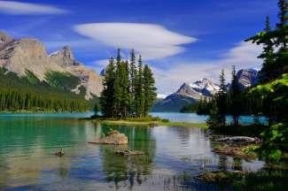Canada is rijk aan mooie meren.