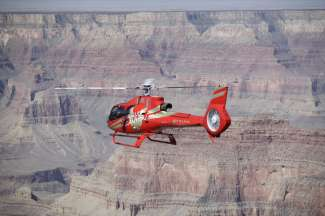 Rondvlucht maken over de Grand Canyon West Rim.