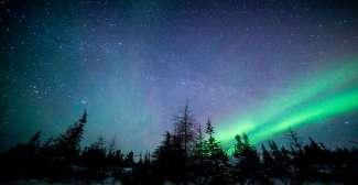 Bekijk het begeerde noorderlicht in het noorden van Manitoba.