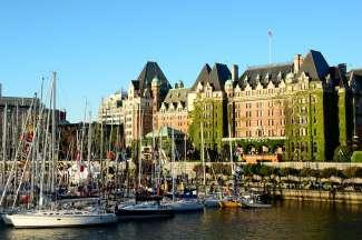 Victoria ligt op Vancouver Island en is de hoofdstad van British Columbia.