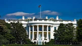 In het Witte Huis woont en werkt de president van Amerika.
