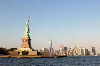 Voor de meeste mensen is het Vrijheidsbeeld het belangrijkste hoogtepunt in New York City en mag het tijdens een bezoek niet ontbreken.