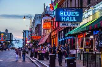 Beale Street  is het muzikale centrum van Memphis.