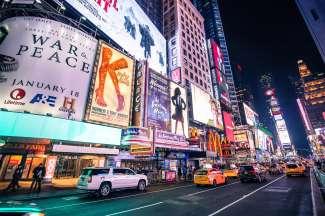 Times Square  is het bruisende middelpunt van Manhattan.