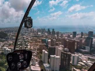 Helicoptervlucht boven Honolulu
