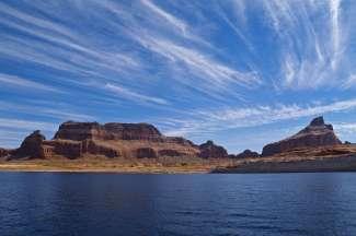 Lake Powell is een ultieme watersportplek in Arizona USA.