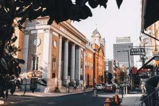 Philadelphia is de bekendste stad in de staat Pennsylvania.