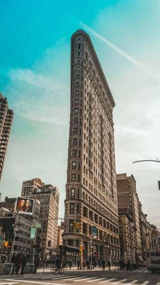 Ein wichtiges Wahrzeichen in New York City ist das Flatiron Building.