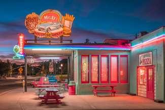 Route 66 diner, Mr. D'z