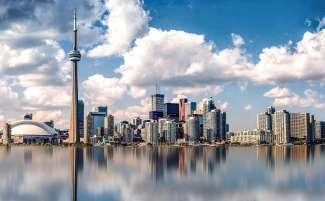 De metropool Toronto is de hoofdstad van Ontario, Canada.