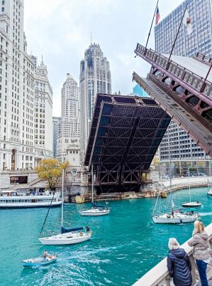 Brug open in Chicago