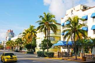 Het Art Deco District telt meer dan 800 historische gebouwen in het zuiden van Miami.