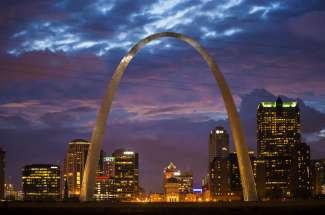 Wereldberoemde boog in St. Louis, Missouri.