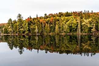 Een van de grote meren die vooral in de herfst mooi zijn.
