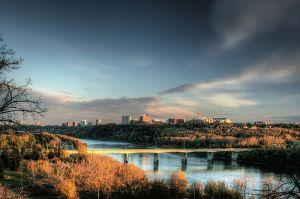 De uitgestrekte stad Edmonton
