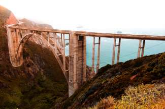 De Bixby Bridge op de iconische Highway one route van Los Angeles naar San Francisco.