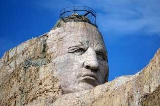 De bekendste bezienswaardigheid in South Dakota is Mount Rushmore met de presidentiële hoofden. Maar ook het Crazy Horse Memorial is populair.