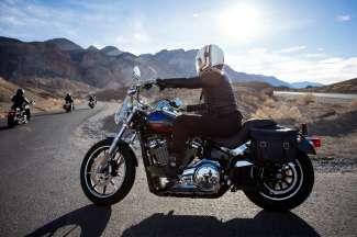 Met een motor ervaar je de ultieme vrijheid op de ruime wegen van West-Amerika.
