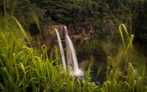 Wailua Falls in het Wailua River State Park Kauai
