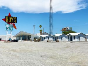 Roy's Motel & Cafe Amboy