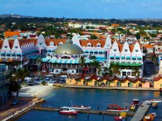 In Oranjestad vindt u de belangrijkste winkels van Aruba.