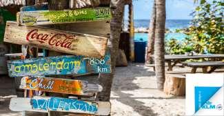 Het strand van Curacao kent veel van deze gezellige strandbars.