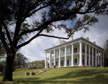 Natchez Mansion