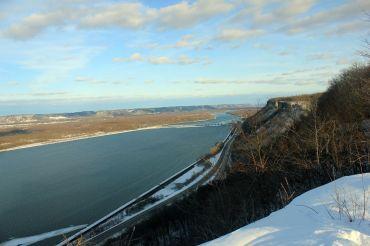 Uitzicht over de Mississippi River vanaf Bluff Park