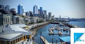 Seattle Waterfront is een trekpleister met restaurantjes, souvenirshops, het grote reuzenrad en het Seattle Aquarium.