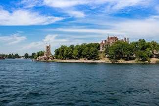Thousand Island geeft door de verschillende burchten een sprookjesachtige indruk