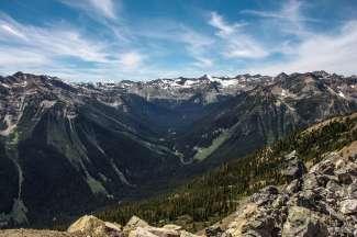 Kicking Horse Mountain, ca. 6,5 kilometer van Golden is in de winter een populair skigebied