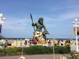 Dit beroemde standbeeld is te vinden op de promenade van Virginia Beach.