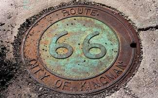 Route 66 die langs Kingman loopt