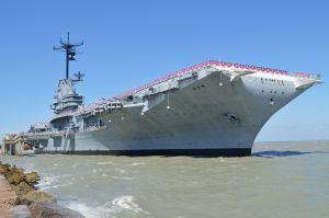 Het vliegdekschip USS Lexington
