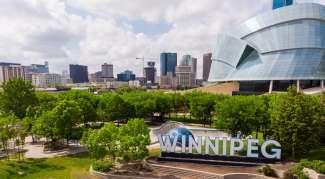 Winnipeg is groen, maar heeft ook veel restaurants, winkels en cultuur.