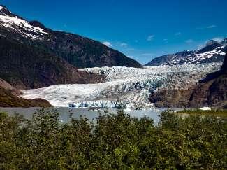 Gletsjer van ongeveer 22 km lang in Mendenhall Valley