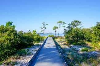 Er zijn altijd geweldige mogelijkheden om te wandelen langs de kust.