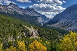 Een aanbevolen fotostop op de Icefields Parkway: Big Bend