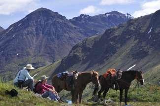 Paardrijden is een populaire activiteit in Smithers.