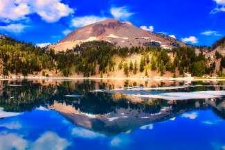Een bergketen die vanuit het noorden van Californië helemaal tot aan British Columbia in Canada reikt.