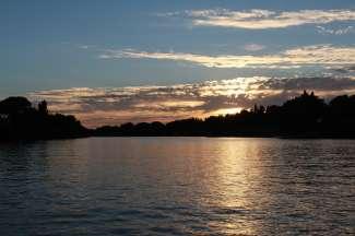 Red Bluff ligt aan de oevers van de Sacramento River.
