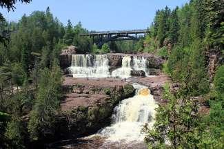 Gooseberry Falls State Park / Lake Superior