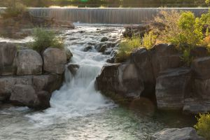 De waterval in stadspark Greenbelt
