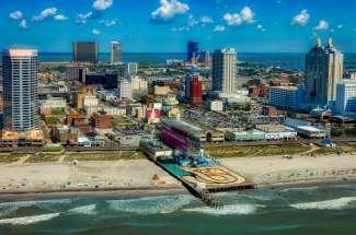 Atlantic City is een gok- en entertainment stad aan de Atlantische Oceaan.