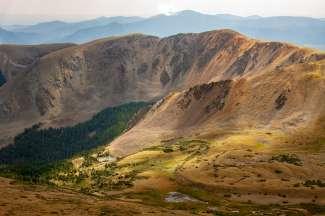 Het landschap van Taos is schilderachtig.